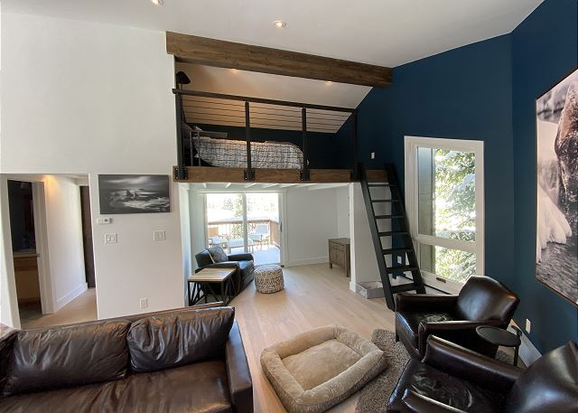 Overview of the Upper Living Area and Loft.