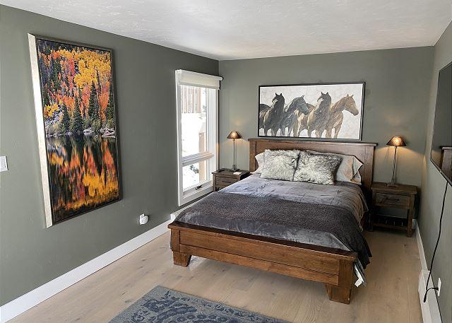 First Level Queen Bedroom.