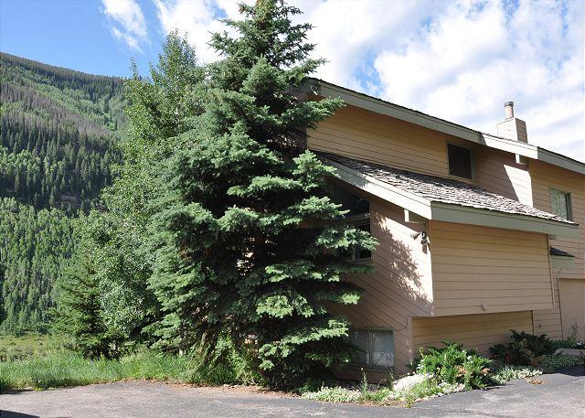 Exterior of 2620 Bald Mountain