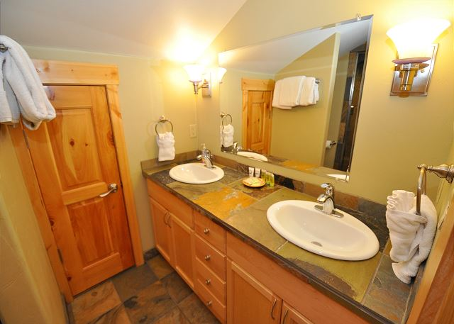 1 of 6 bathrooms