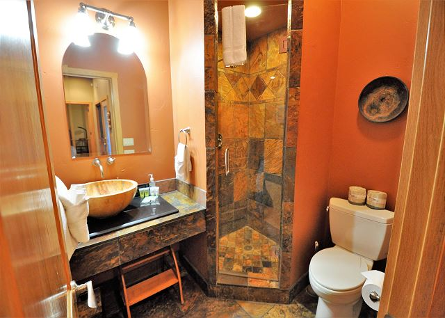 1 of 6 bathrooms