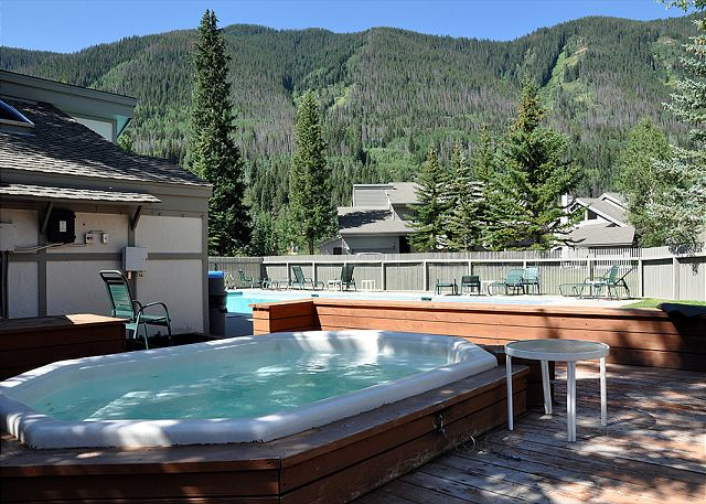 Common hot tub