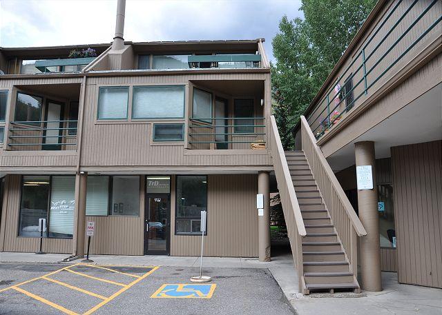 Pitkin Creek Building 7