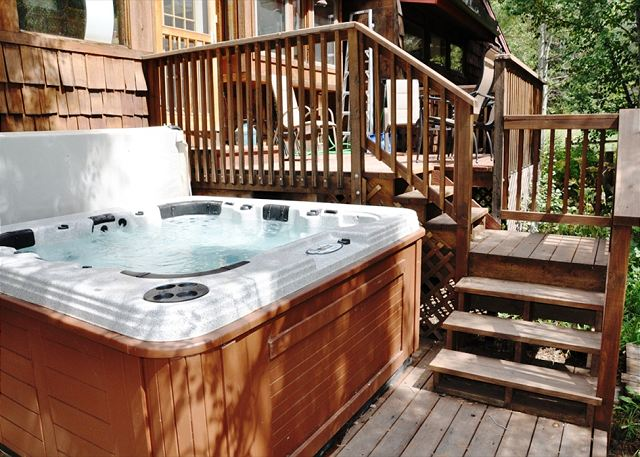 Back deck and Hot Tub