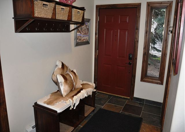 Entry way with boot bench