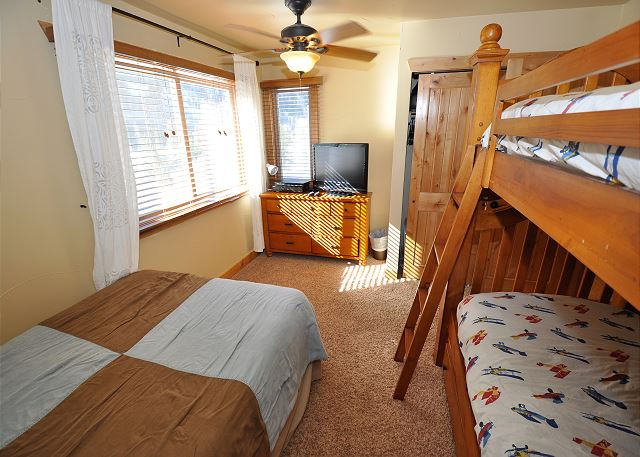 Set of bunk beds and a double