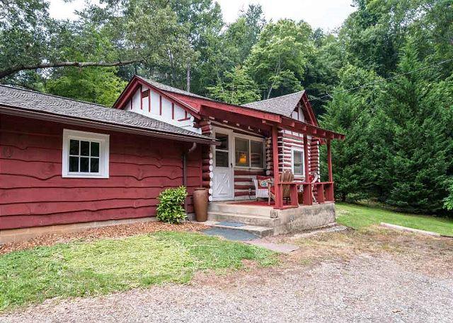 Asheville cabins vacation rentals greybeard rentals for Asheville nc cabins rentals