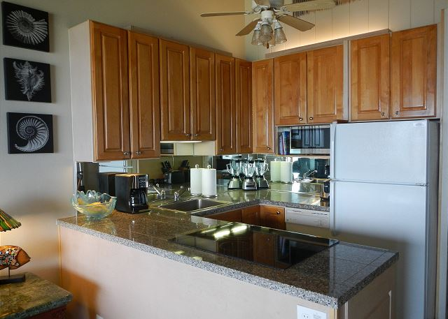 Recently upgraded kitchen, granite counters and new appliances