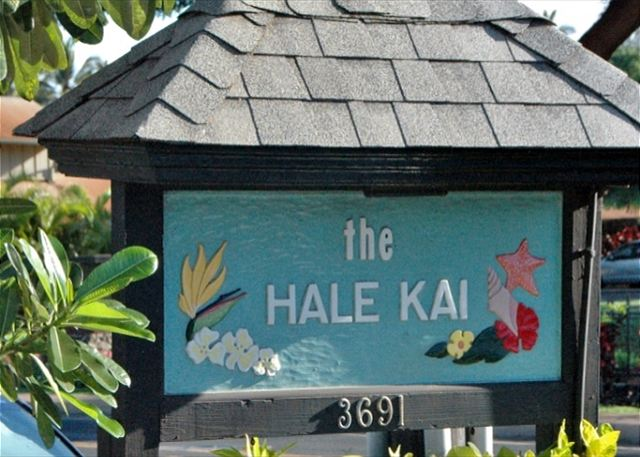 'Aloah' and welcome to Hale Kai! Your home by the sea.