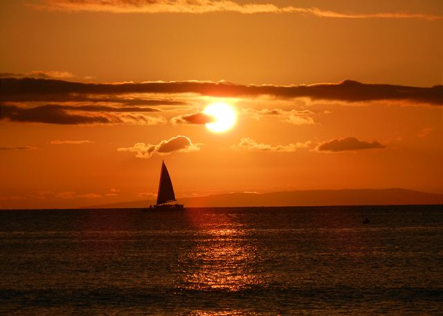 Sailboat heading south to Lahaina