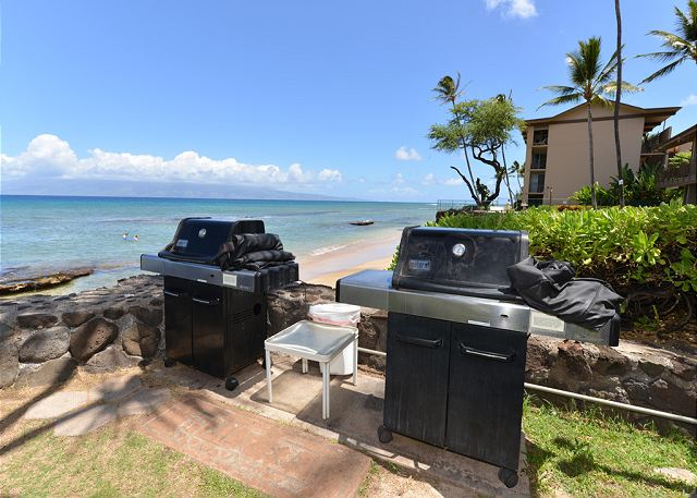Hale Kai # 101 - oceanfront barbeques