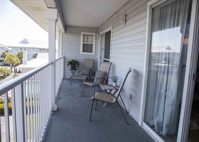 Extra wide balcony