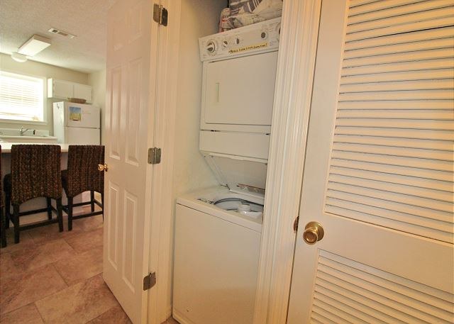 Washer&Dryer in Hall