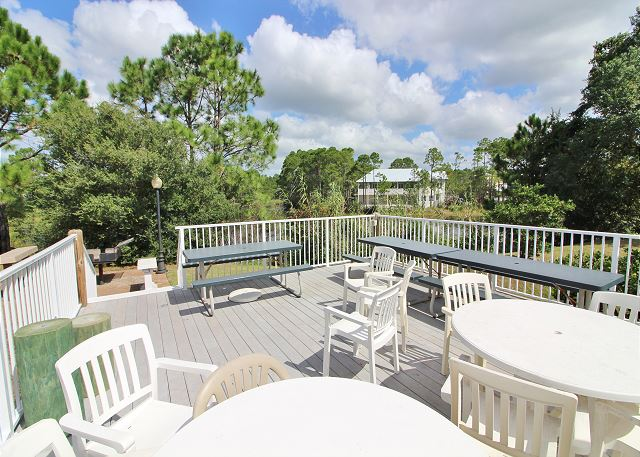 Lakeside Community Deck with Large Charcoal Grill