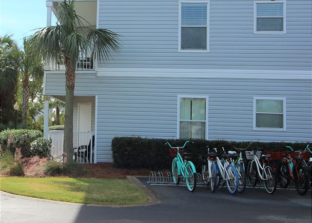 Check with our onsite office for bike rentals.