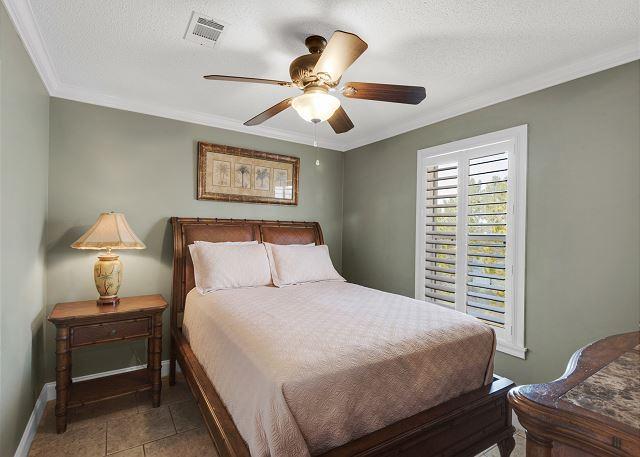 Guest bedroom #2 with queen bed