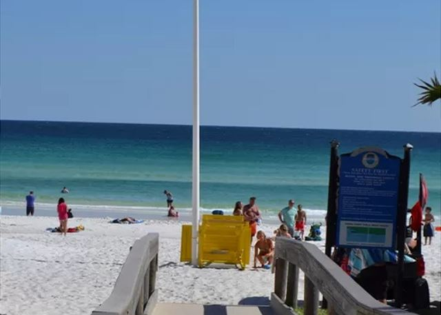 Shirah Street Beach Access