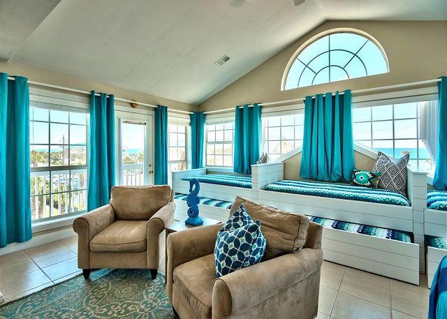 4th Bedroom (3rd Floor)