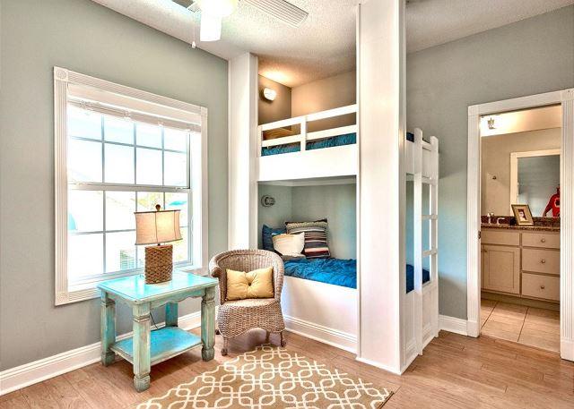 5th Bedroom (2nd Floor)