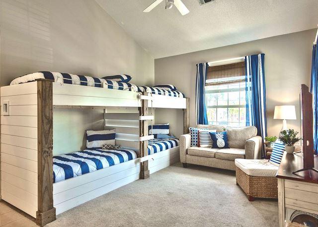 Living Room/Bunk Room - Garage Apartment