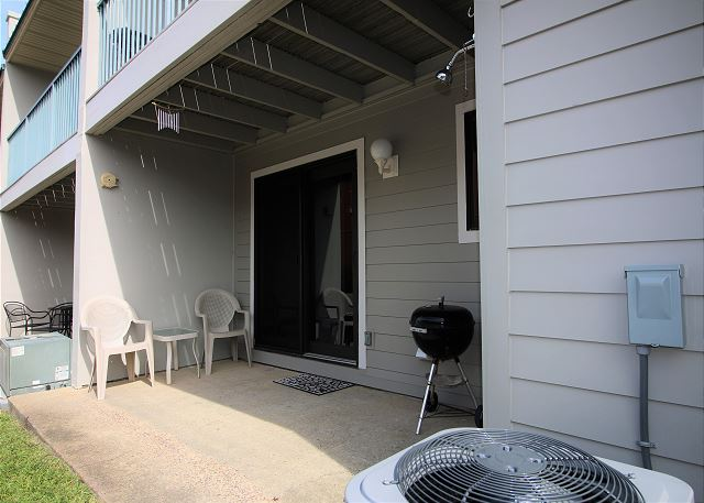 Private Back Patio with Grill