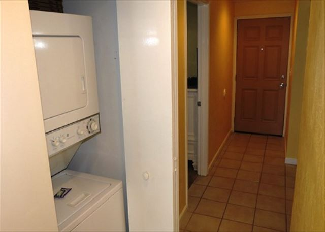 Washer & Dryer in Hall