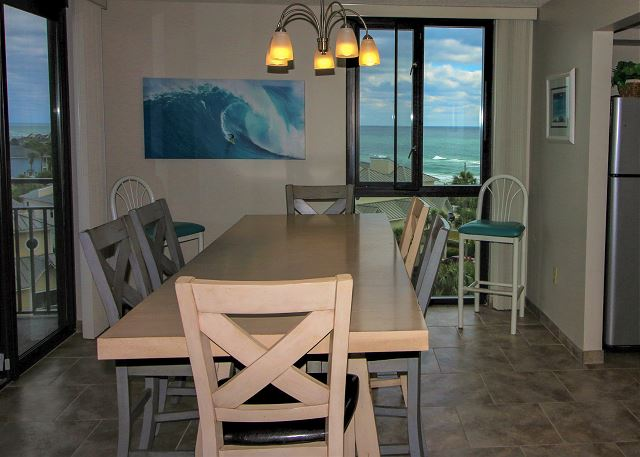 Dining Area with Gulf Views
