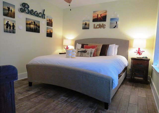 3rd Bedroom with King Bed(2nd floor)