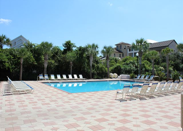 Miramar Villas Community Pool