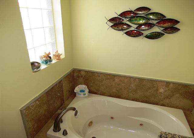 Jacuzzi Tub in 2nd Master Bathroom