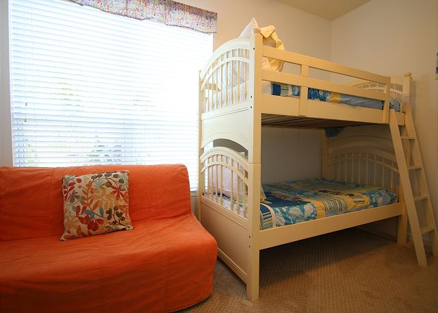 3rd Bedroom with Twin Bunk Beds. 2nd Floor.