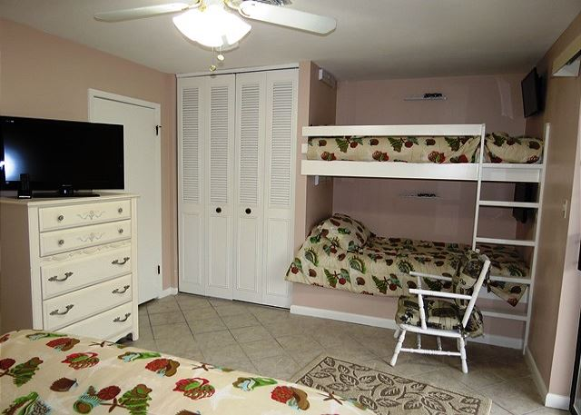 Master Bedroom with Queen Bed and Twin Bunk Beds