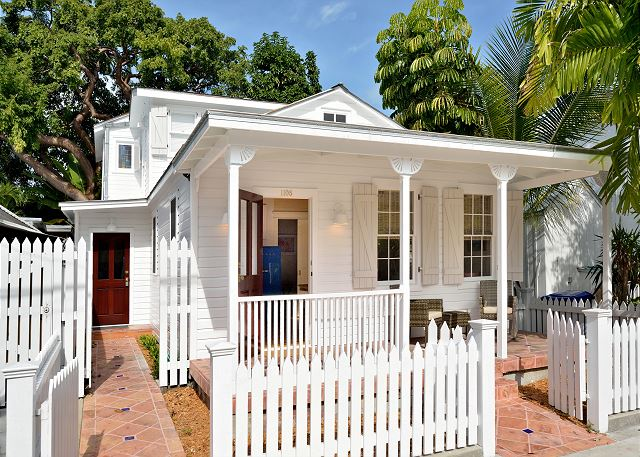 Petunia Cottage: Historic Old Town -Beautiful Renovated 2 Story Home