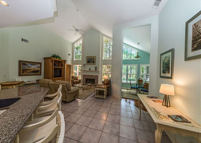Off Shore 49, 4 Bedroom, Private Pool, Hot Tub, Sleeps 11 -  - HiltonHeadRentals.com