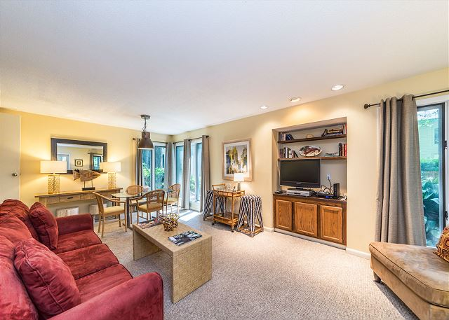 St. Andrews Common 1751, 1 Bedroom, Ground Level, Large Pool Picture
