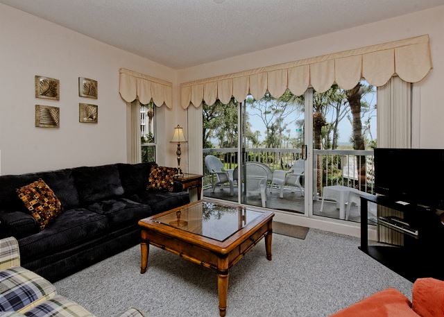 Barrington Arms 103, 1 Bedroom, Oceanfront View, Pool, Sleeps 4 Picture
