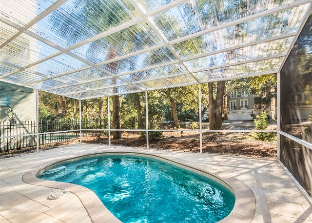 Henry Lane 11, 4 Bedroom, Private Pool, Walk to Beach, Sleeps 14 - Cool off in your own pool - HiltonHeadRentals.com