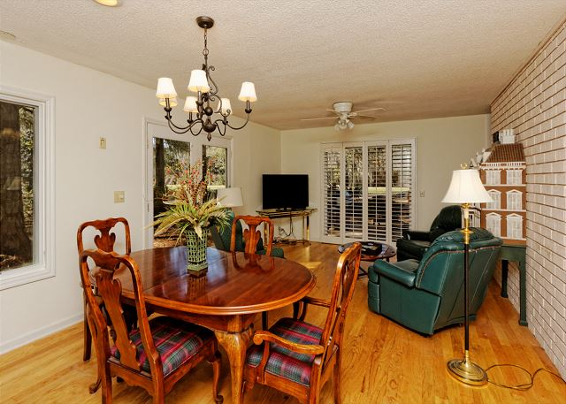 Port Au Prince 12, 3 Bedroom, Private Pool, Sleeps 8 - Dinner and a movie? - HiltonHeadRentals.com