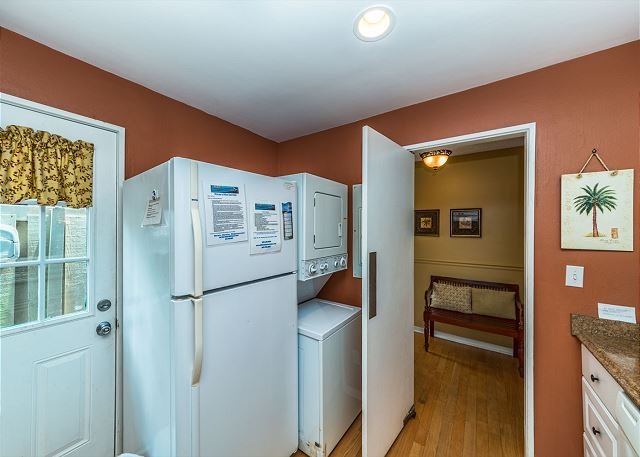 Queens Grant 682, 2 Bedroom, Pool, Sleeps 6 - Washer and Dryer - HiltonHeadRentals.com