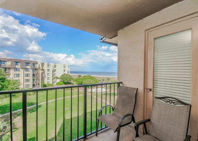 Island Club 4402, 2 Bedrooms, Ocean View, Large Pool, Sleeps 8 Picture