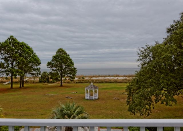 Sea Oak Manor 1 8 Bedrooms Oceanfront Wifi Sleeps 32 Vacation Home Hilton Head Vacation