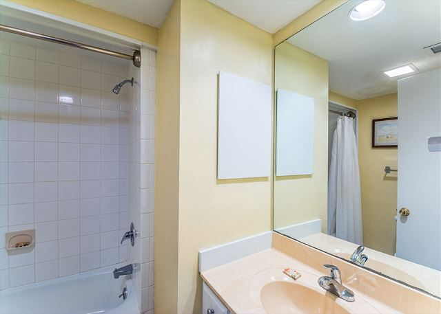 The pristine 3rd bathroom -