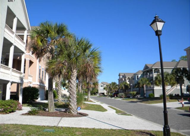 Crabline Court 25, 5 Bedroom, Private Pool, Sleeps 12 - Crabline Community - HiltonHeadRentals.com