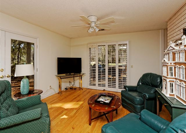 Port Au Prince 12, 3 Bedroom, Private Pool, Sleeps 8 - Second Living Room - HiltonHeadRentals.com