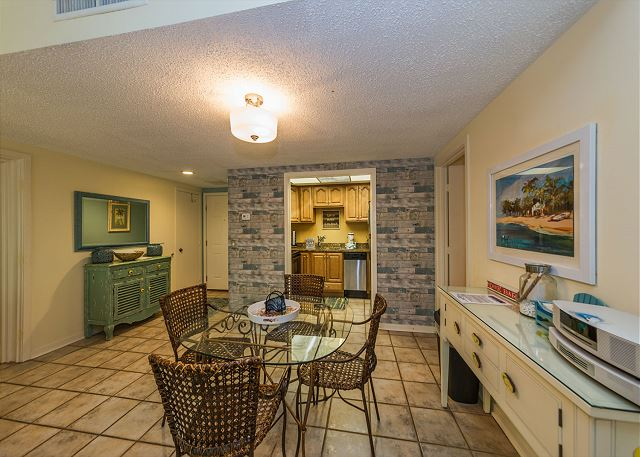 Village House 107, 2 Bedrooms, Pet Friendly, Pool, Sleeps 7 - Dining Room - HiltonHeadRentals.com