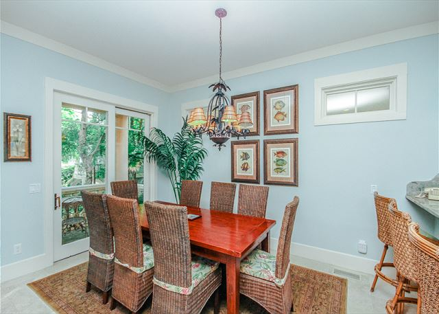 Corine Lane 25, Luxury 7 Bedrooms Private Heated Pool, Sleeps 16 - Dining Room  - HiltonHeadRentals.com