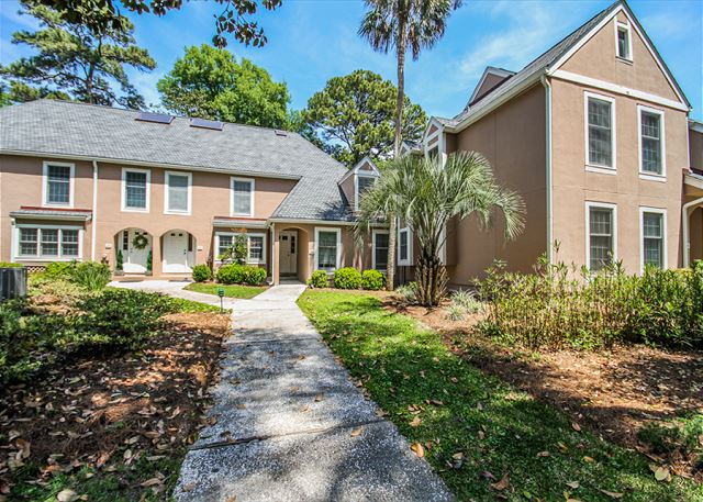 Evian 288, 3 Bedrooms, Golf & Lagoon View, Sleeps 8 - Front door area - HiltonHeadRentals.com