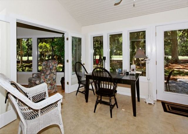 Fern Court 7, 3 Bedrooms, Golf View, Large Pool, Sleeps 10 - Office Area - HiltonHeadRentals.com