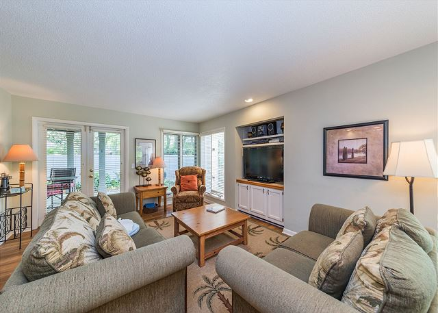 St. Andrews Common 1658, Ground Floor, 1 Bedroom, Large Pool Picture
