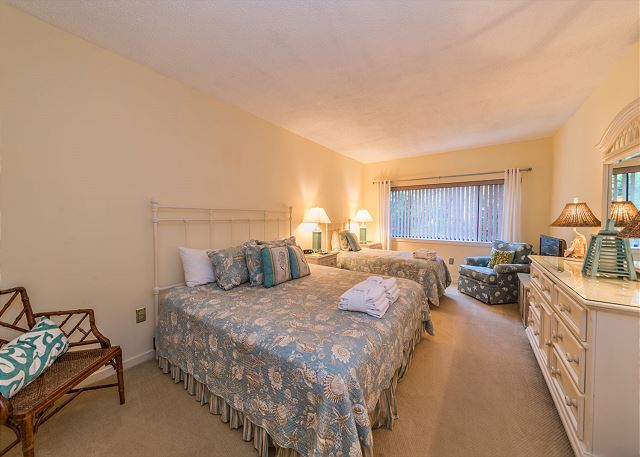 Village House 107, 2 Bedrooms, Pet Friendly, Pool, Sleeps 7 - Additional bedrooms - HiltonHeadRentals.com